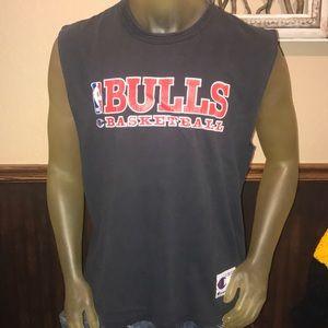 SWEET Vintage 90s NBA Chicago Bulls Basketball Tee